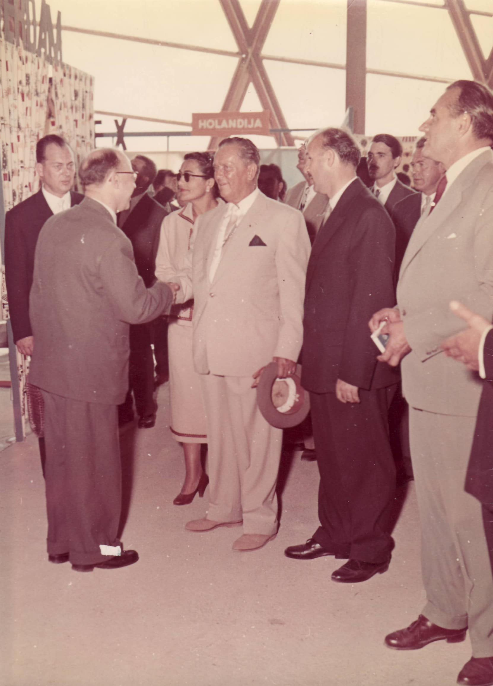 Max met president Tito (coll. Ger Klitsie)